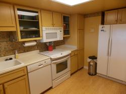 Click to enlarge image 2nd view of kitchen - 406 Las Brisas - $109,5002BD/1BA Condo, 883 sq ftCorpus Christi, Texas